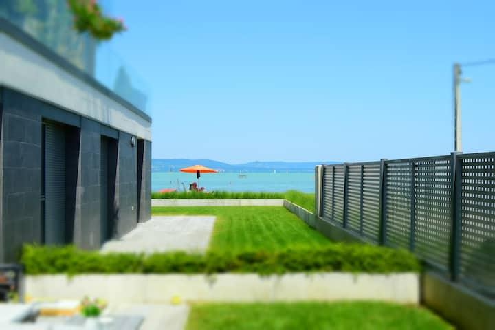 Lela Garden Residence