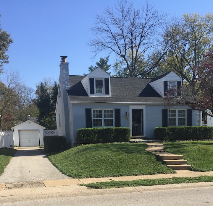 Home For Rent in Ladue (long term only)