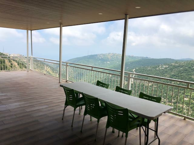 Amazing sea and mountain view & quiet space annaya