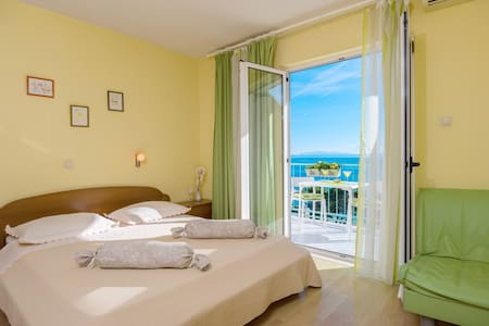 Vacation Rental in Brela - Studio App TINA - Brela