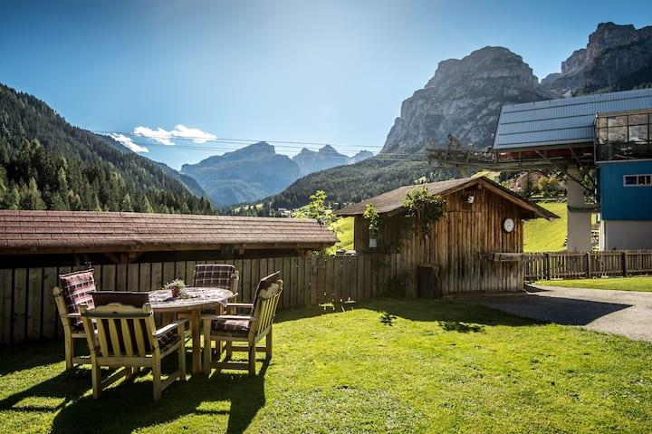 Chalet Prades- Dolomiti Family Lodge Sassongher ...