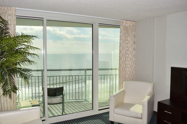 Central_Luxury2B/Oceanfront/Quiet/heated Pools/Gym - Myrtle Beach