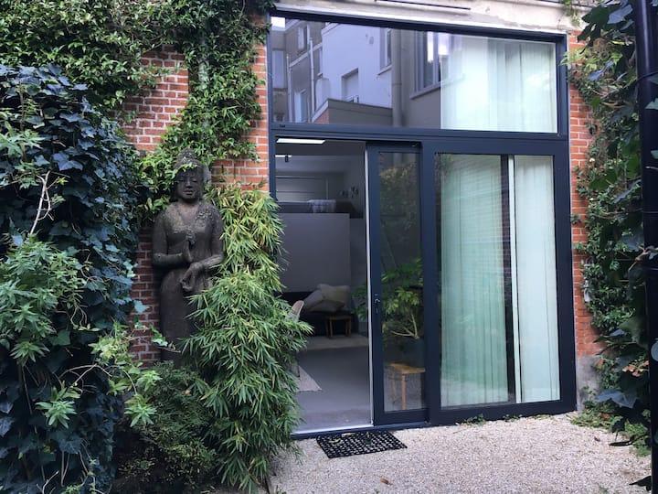 Stylish loft studio of 44m2 in historical house