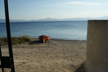 House by the Sea at Skaloma, Loutraki - Corinth - Ev
