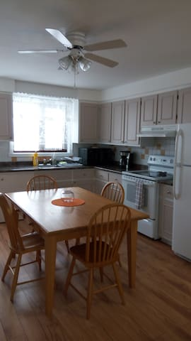 Cosy and clean place, 6 - Longueuil - Apartamento
