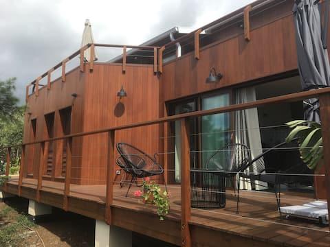 Appartement neuf de standing, en bois