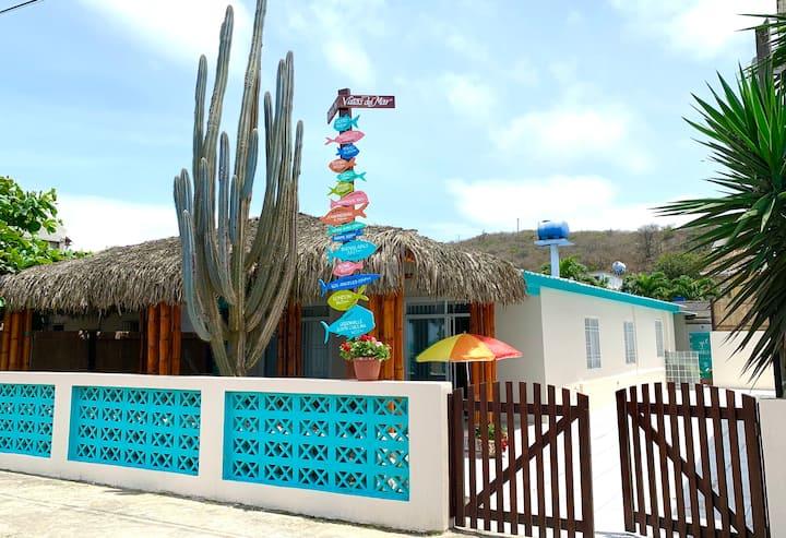 Puerto Cayo, Manabi 5-bedrm Beachfront house+WOW!