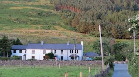 Pengarreg, Snowdonia National Park (2 cottages)