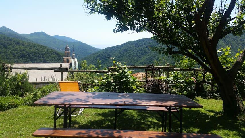 Apart  La via del mare Uscio ,10 km from Camogli