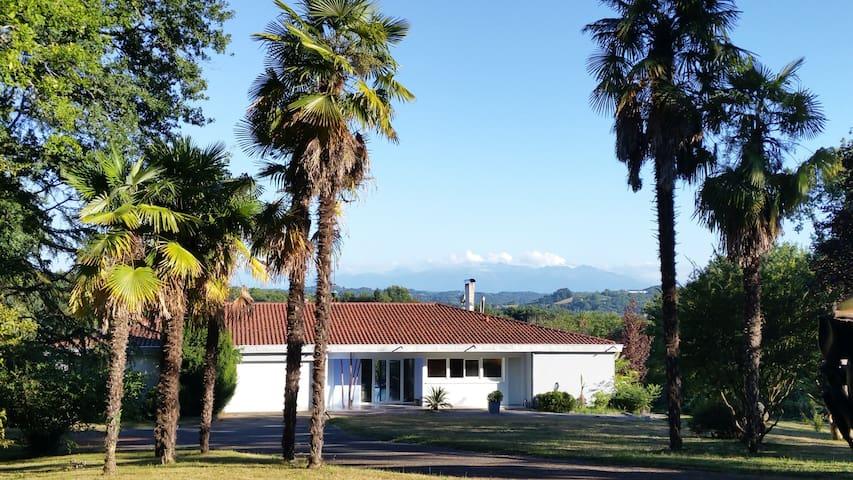 Villa d'exception - Parc luxuriant de 3 Hectares - Mourenx