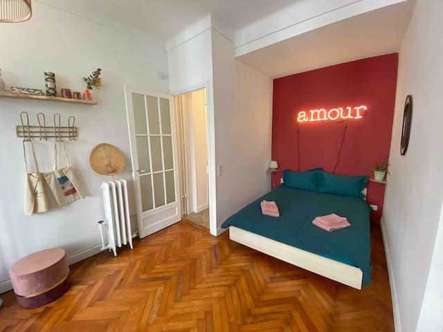 Studio Amour - 5 min from Train Station