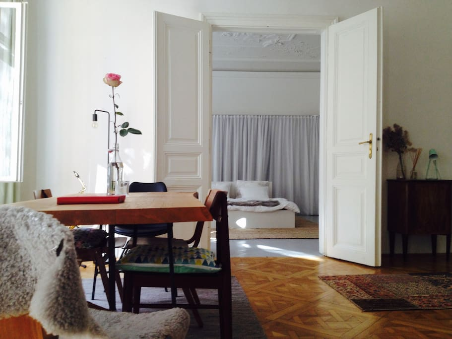 Blick in das Schlafzimmer