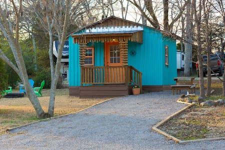 Glamping Cabin 3 - Cozy retreat