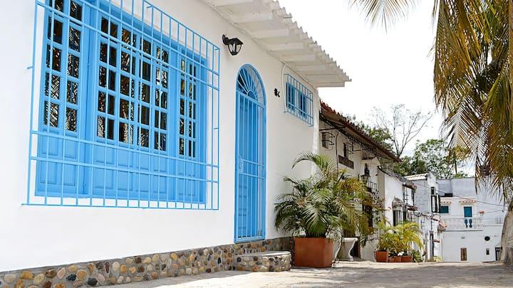 Casa Capri (Cabaña # 6) Aldea Doradal.