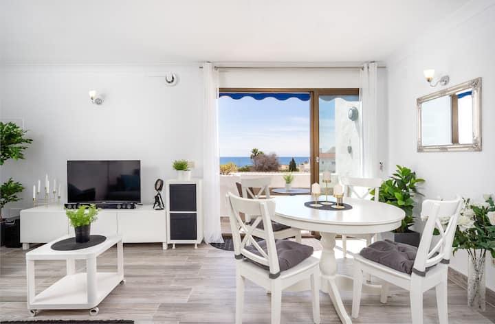 Awsome apartment near the La Cala beach