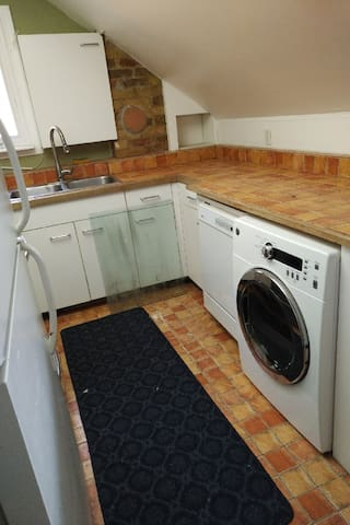 Dryer and dishwasher