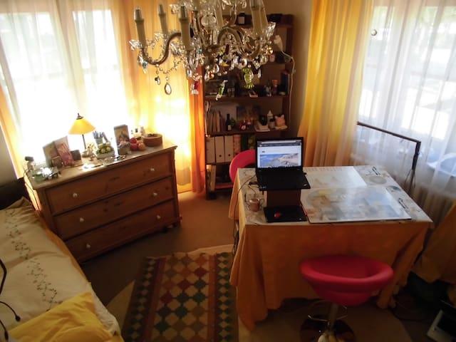Zimmer in Holzkirchen Oberbayern Nähe München - Holzkirchen