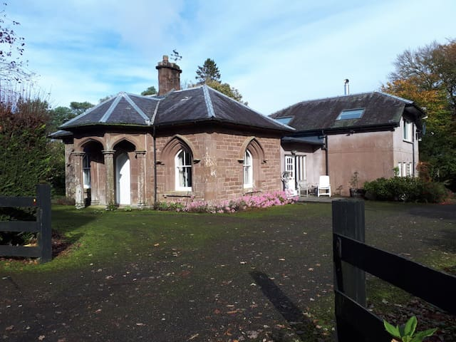 North Lodge of Orchil - lap of Nature n Heritage