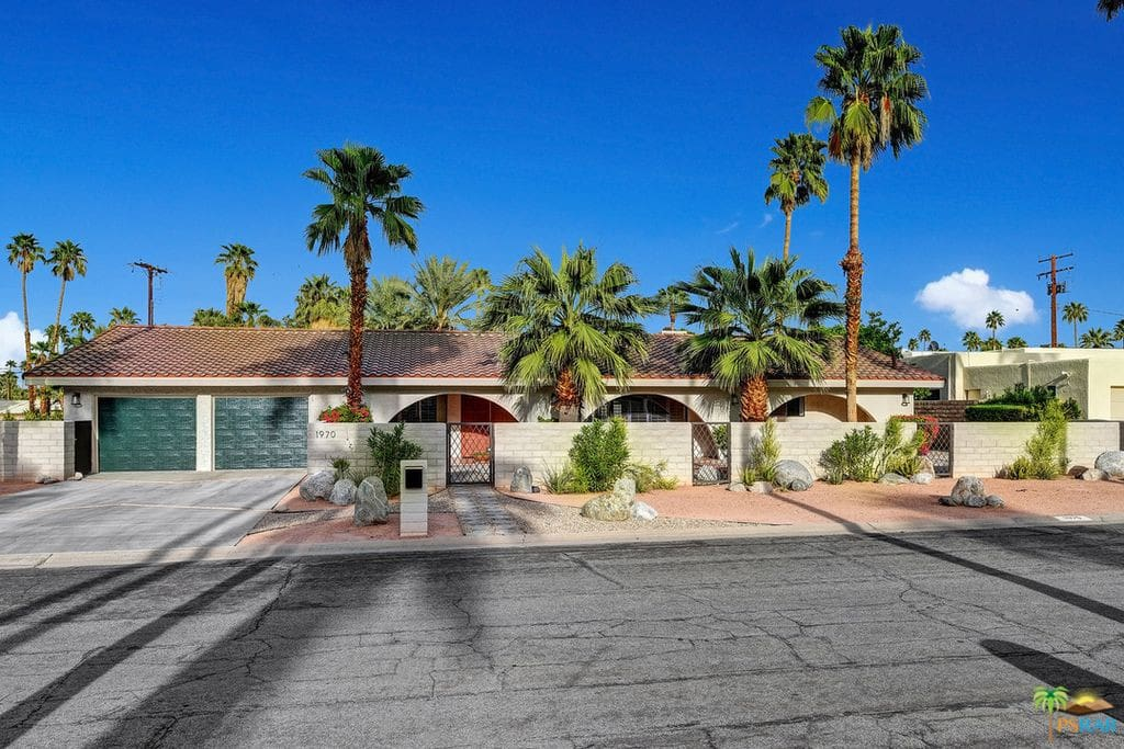 Twin Palms.....Most Desirable PS Location!