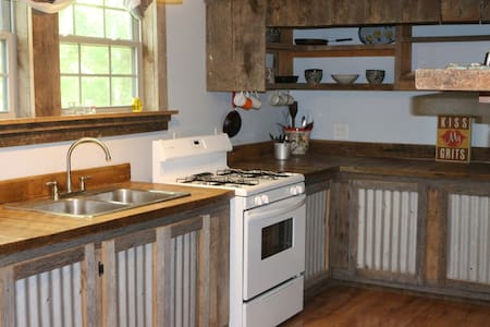 The Tennessee House - Barnwood Cabin Life