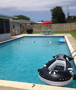 BEACHSIDE  POOL HOUSE W/AMENITIES** - Ormond Beach - Casa de hóspedes