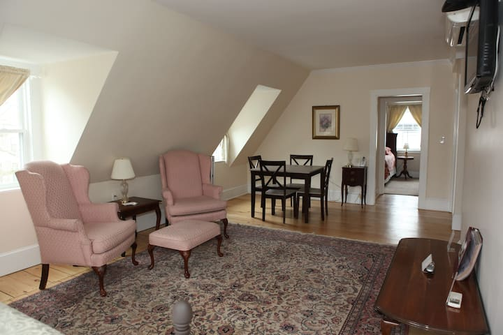 Salem Massachusetts Rooms To Rent For  People