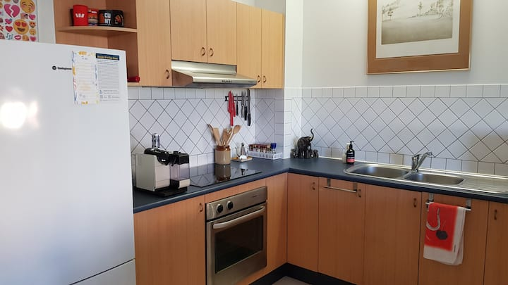 Close to Darwin city GF friendly apartment