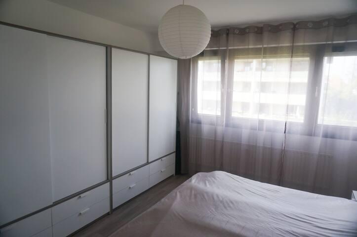 2,5 Zimmer Wohnung, Schwimmbad, Sauna