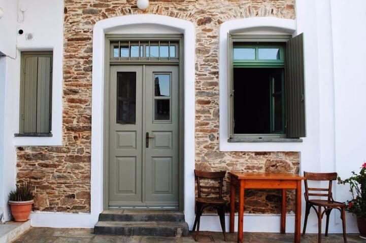 Όμορφο σπίτι στην Χώρα της Κύθνου