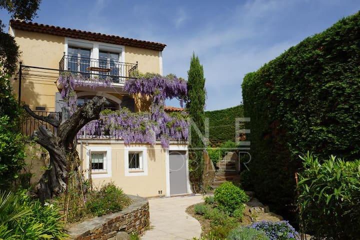 Gassin Village maison traditionnelle provençale