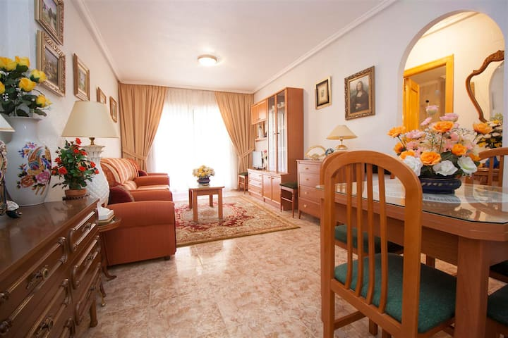 Torrevieja 2017: Top 20 Torrevieja Vacation Rentals, Vacation Homes ...