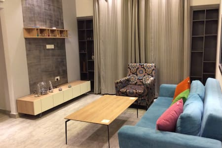 Private Room with Attached Bathroom - Muscat - Appartement