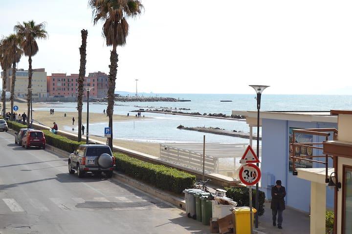 Appartamento fronte mare Anzio centro - Anzio - Pis