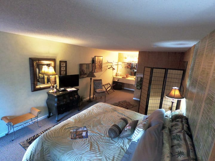 Suite 205 - Tradewinds Lodging and B&B