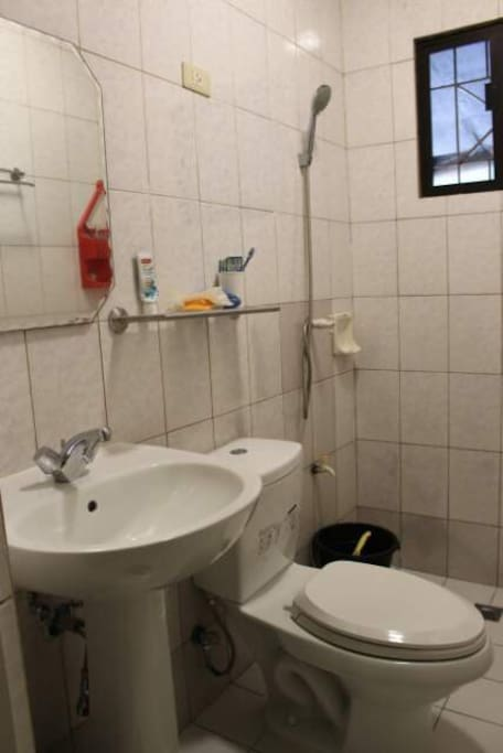Bath room 1F