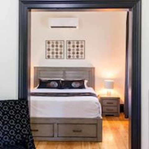 The Wellington Hotel Boutique Accommodation (R1)