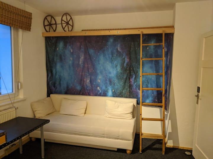 Helle Stuttgarter Wohnung mit Balkon & Superküche