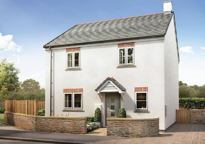 Stunning 3-Bed House in Tintagel