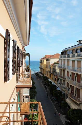 Appartamento a pochi passi dal mare