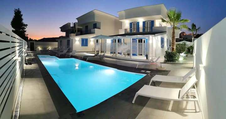 "La scala suite Exclusive apartment ""Marinella"""
