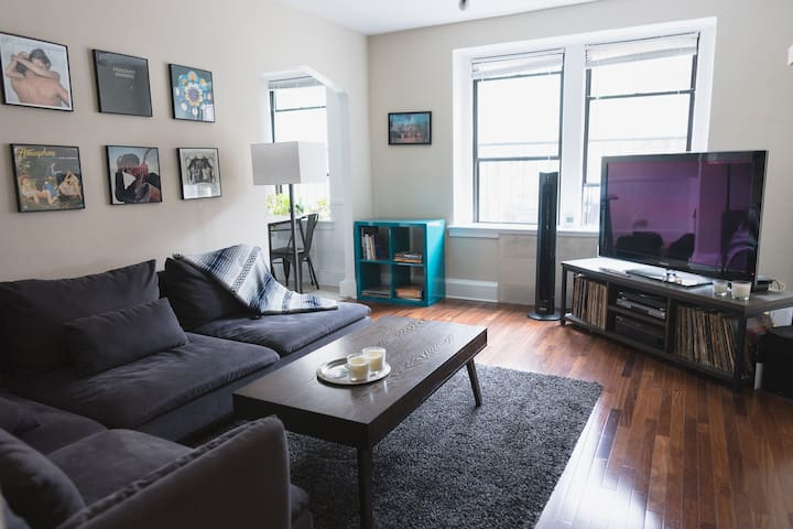 1 BR in DC's best neighborhood!