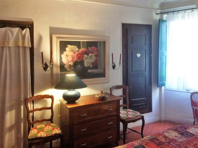 Maison Fontaines  | Romantic Bed & Breakfast
