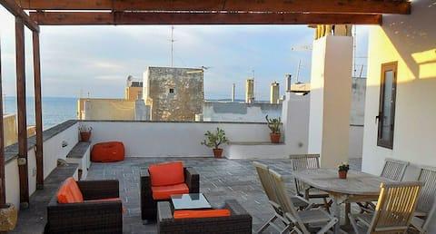 Apartmán s terasou s výhledem na moře
