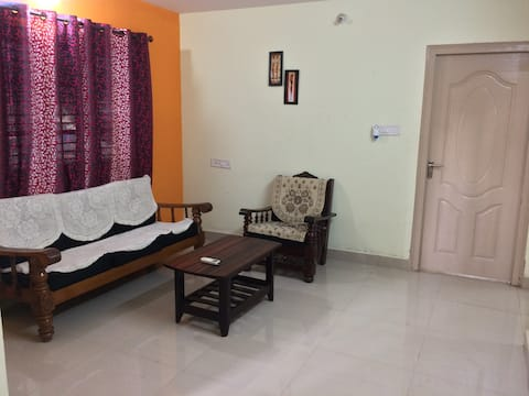 2 BHK Fully Furnished Flat in Independent House