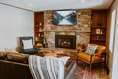 Cozy Viola Lake Vacation Cottage
