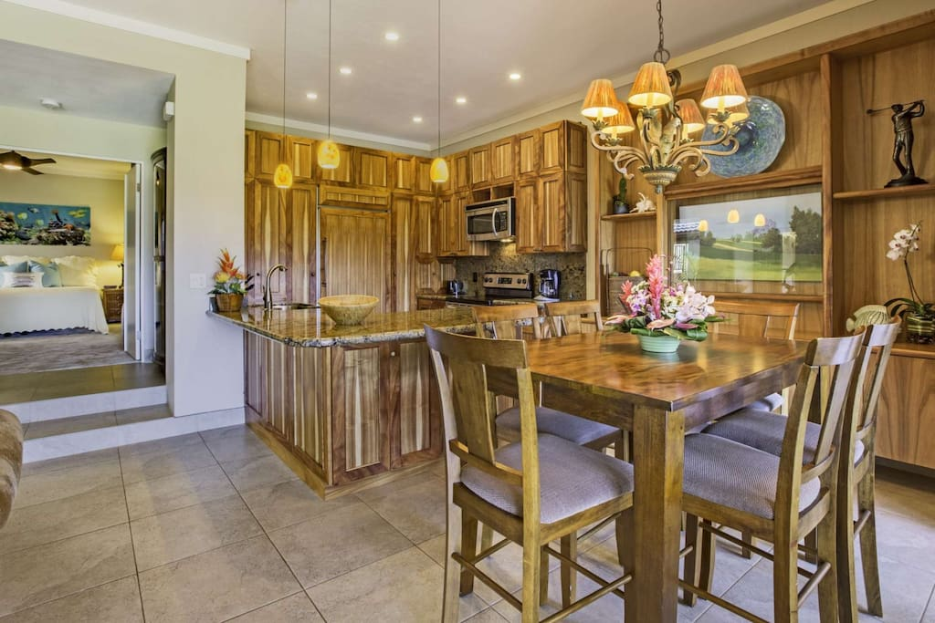 Gourmet Kitchen with dining at the high top table