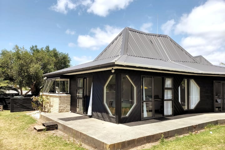 The Villa at Taipa Beach
