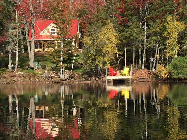 New Lakefront Cottage in Ski Country