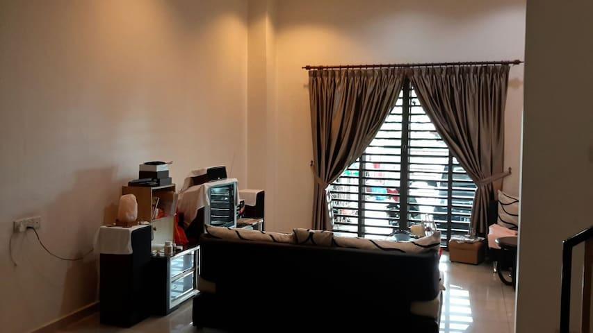 Double storey landed house - Bukit Mertajam - บ้าน