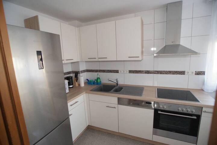 Doppelzimmer modern, schön und hell - Reutlingen - Ház